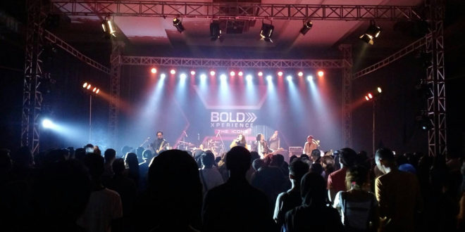 Konser Spesial Bold Xperience [The Icons]